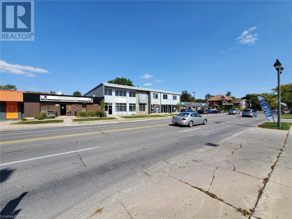 168 Ontario Street, Stratford, Ontario  N5A 3H4 - Photo 4 - 30798509