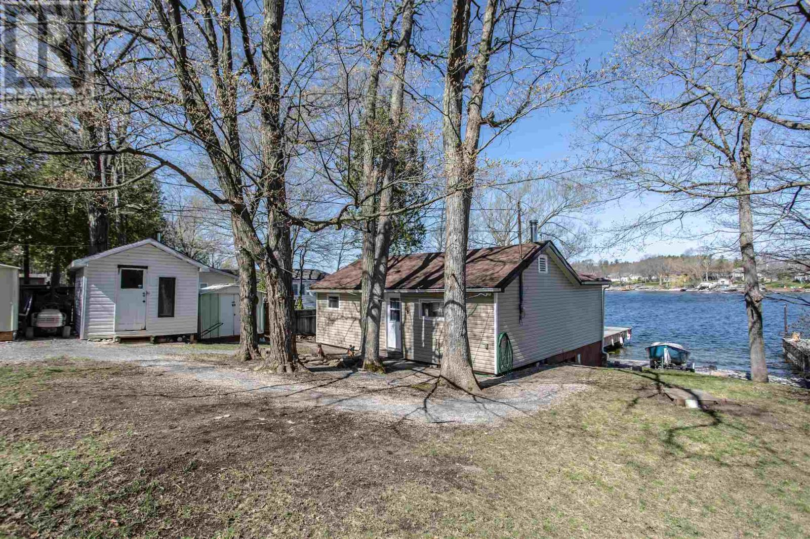 346 Nicholson Point Rd, Loyalist, Ontario  K0H 1G0 - Photo 1 - K21002509