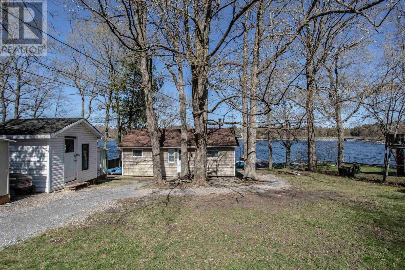 346 Nicholson Point Rd, Loyalist, Ontario  K0H 1G0 - Photo 2 - K21002509
