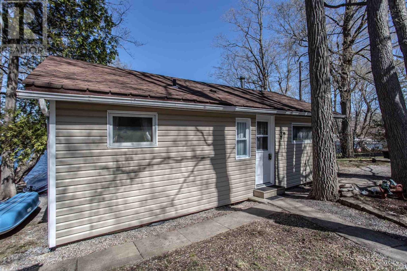 346 Nicholson Point Rd, Loyalist, Ontario  K0H 1G0 - Photo 4 - K21002509