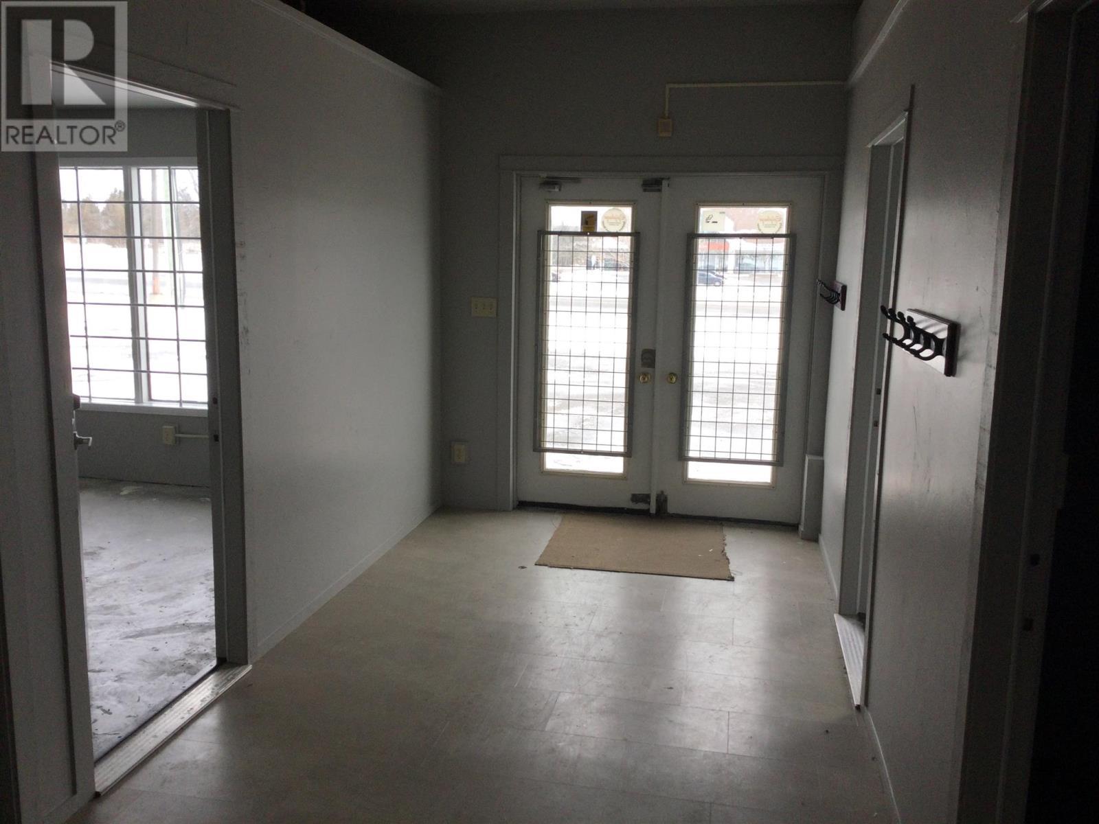 1057 Midland Ave, Kingston, Ontario  K7P 2X8 - Photo 13 - K21002721