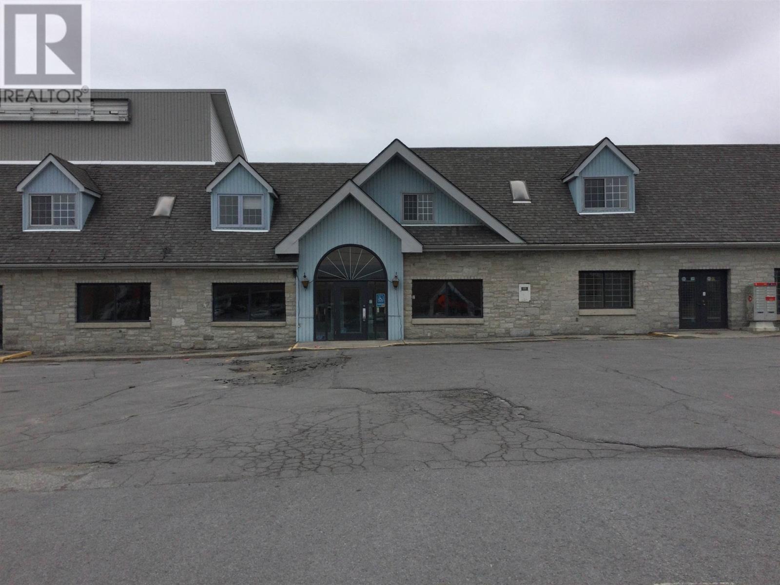 1057 Midland Ave, Kingston, Ontario  K7P 2X8 - Photo 2 - K21002721
