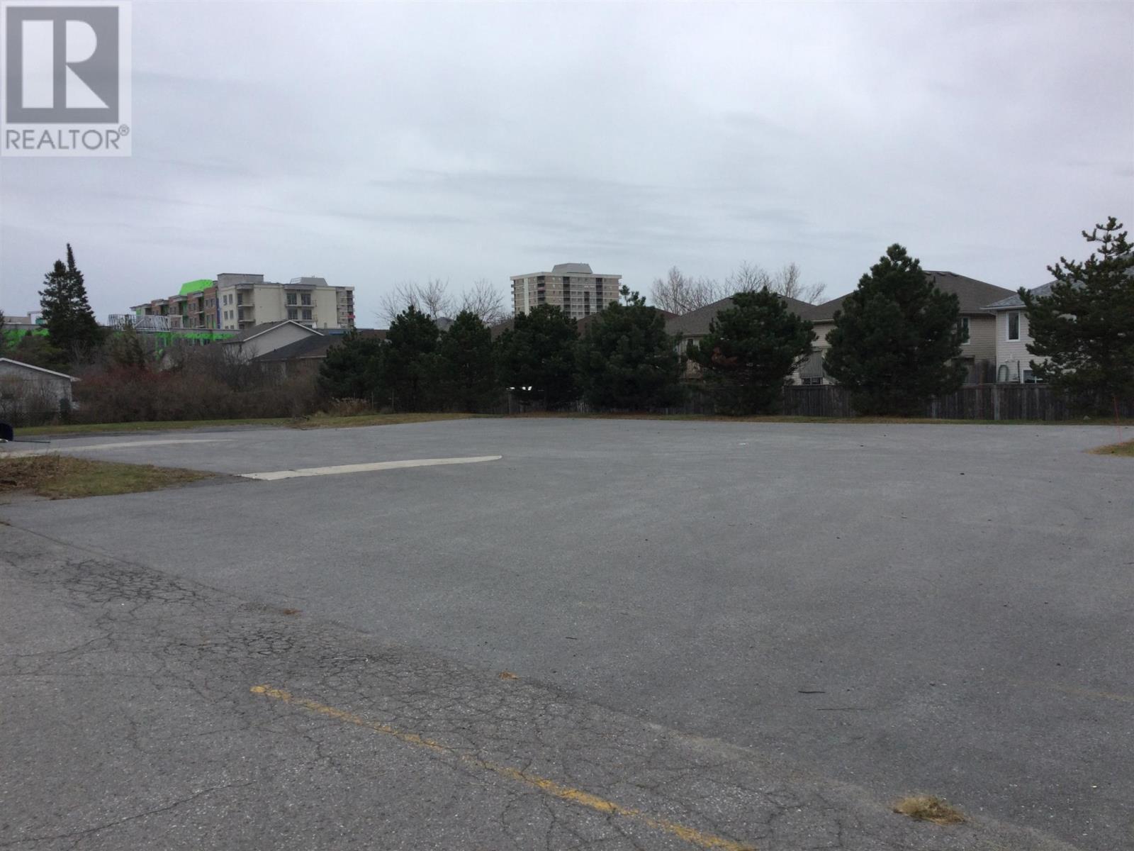 1057 Midland Ave, Kingston, Ontario  K7P 2X8 - Photo 3 - K21002721