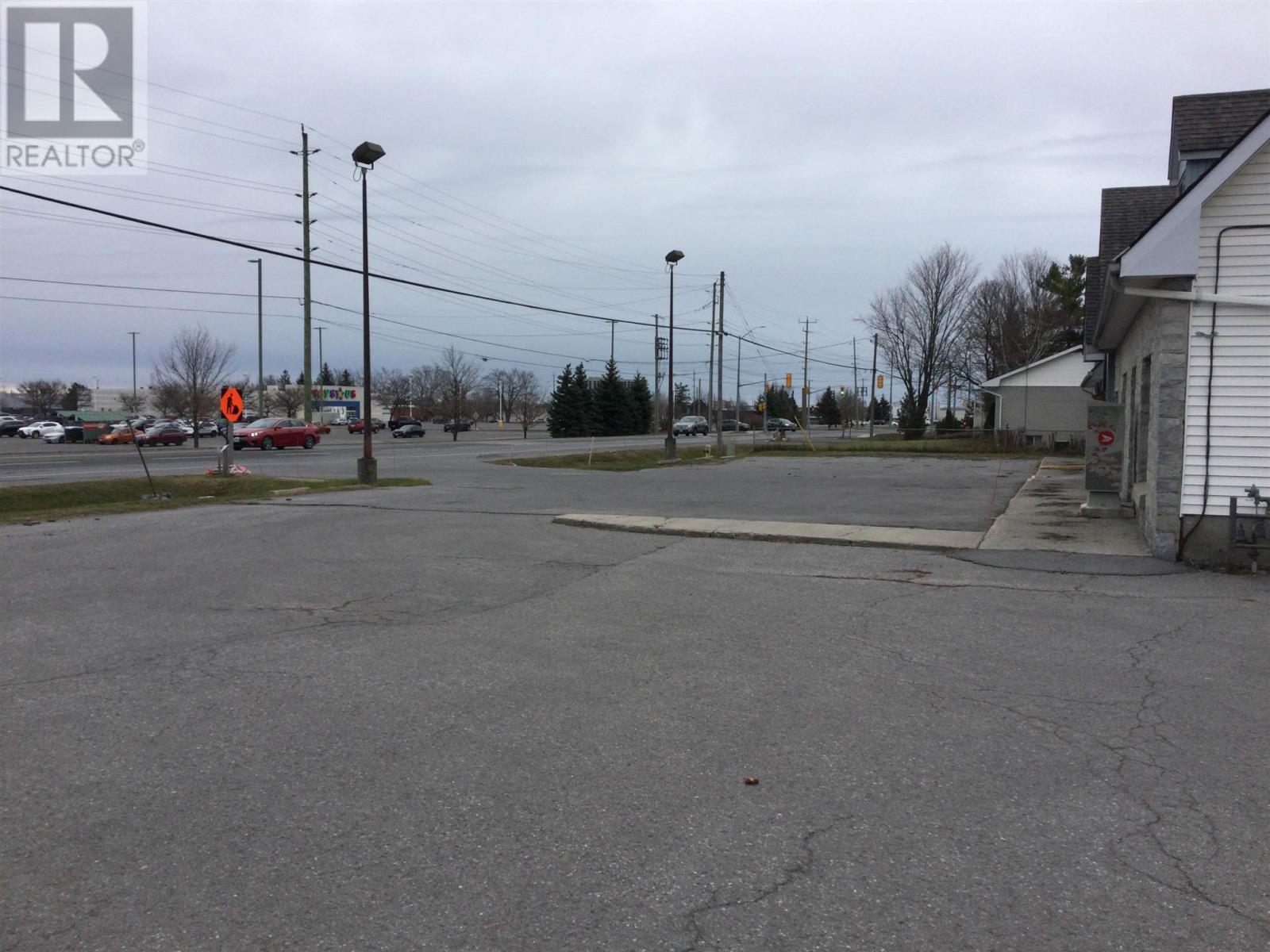1057 Midland Ave, Kingston, Ontario  K7P 2X8 - Photo 4 - K21002721