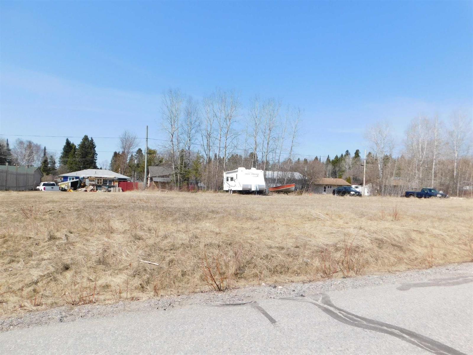 21 Oak St, Ear Falls, Ontario  P0V 1T0 - Photo 1 - TB211109