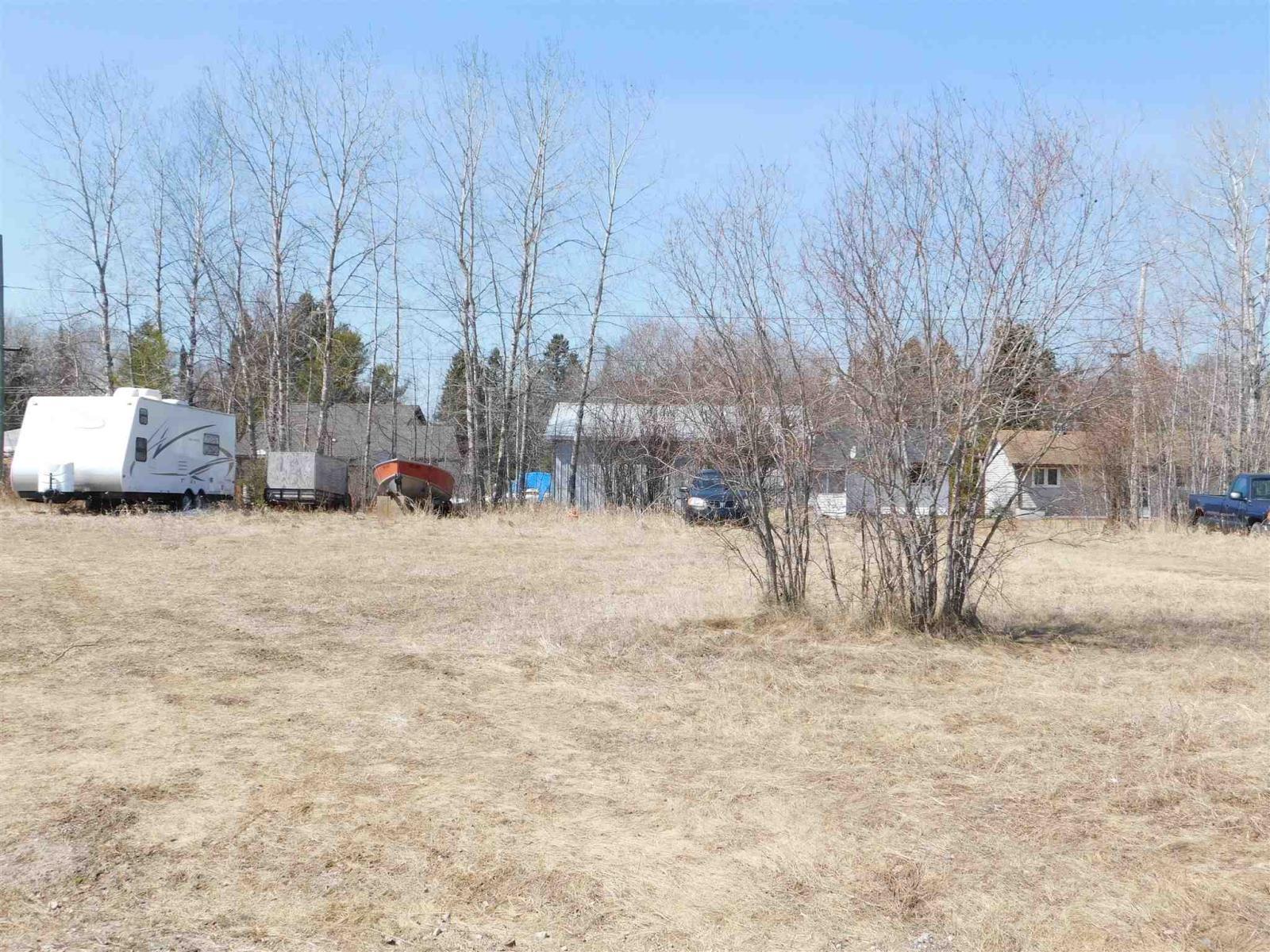19 Oak St, Ear Falls, Ontario  P0V 1T0 - Photo 1 - TB211108