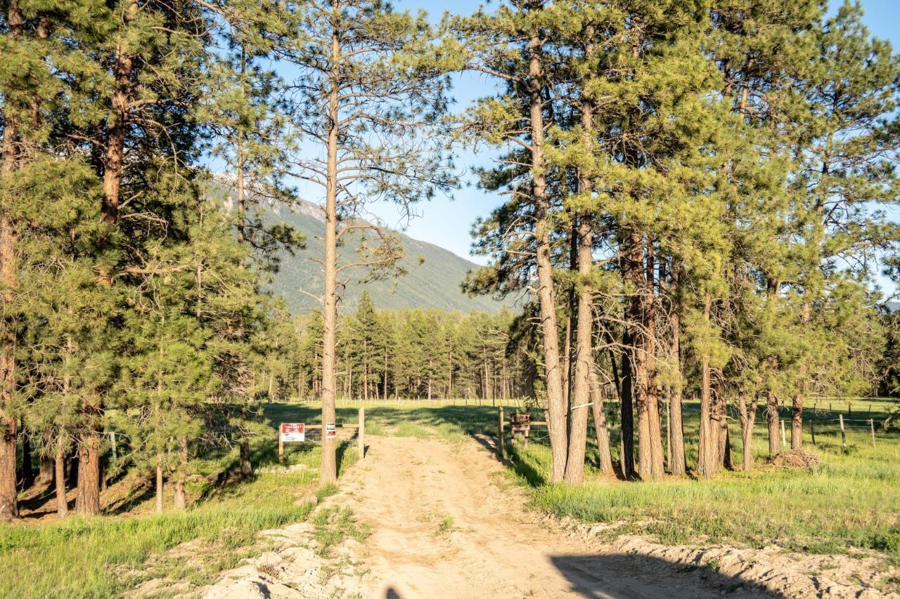 Dl 15050 Highway 93/95, Wasa, British Columbia  V0B 2K0 - Photo 9 - 2458394