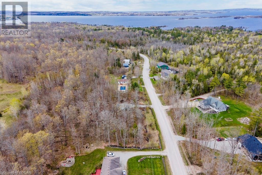 47 Meadows Avenue, Tay, Ontario  L0K 2C0 - Photo 1 - 40110332