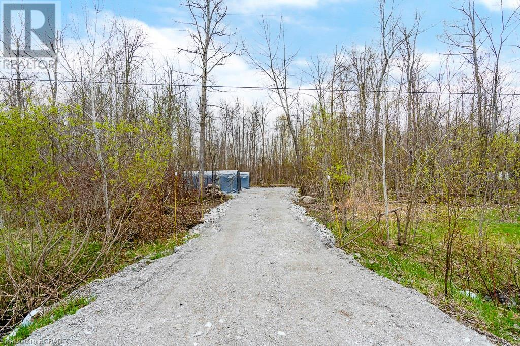 47 Meadows Avenue, Tay, Ontario  L0K 2C0 - Photo 9 - 40110332