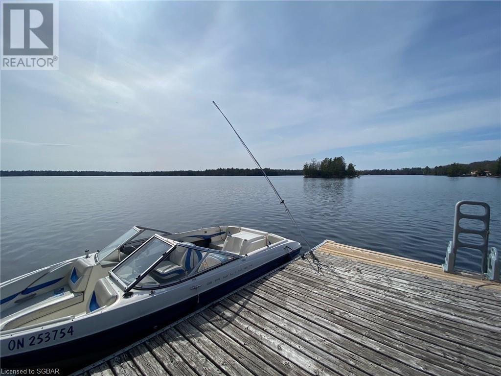 2033 Deer Island, Port Severn, Ontario  L0K 1S0 - Photo 3 - 40107596