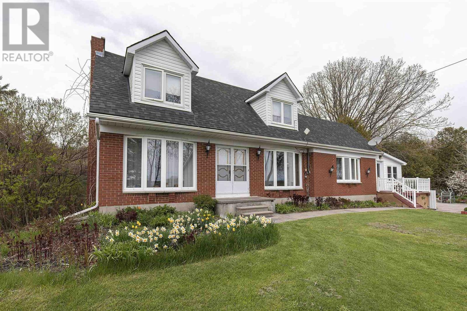 393 PERRY RD, greater napanee, Ontario