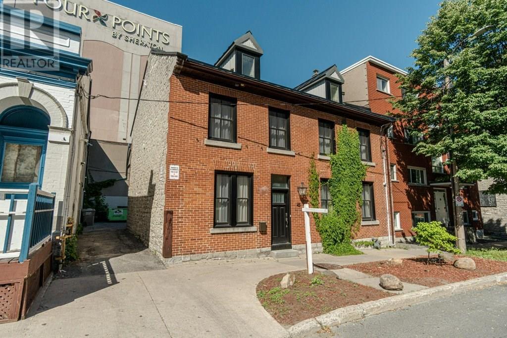 45 Johnson Street, Kingston, Ontario K7L5C8, ,Office,For Sale,Johnson,K21002695