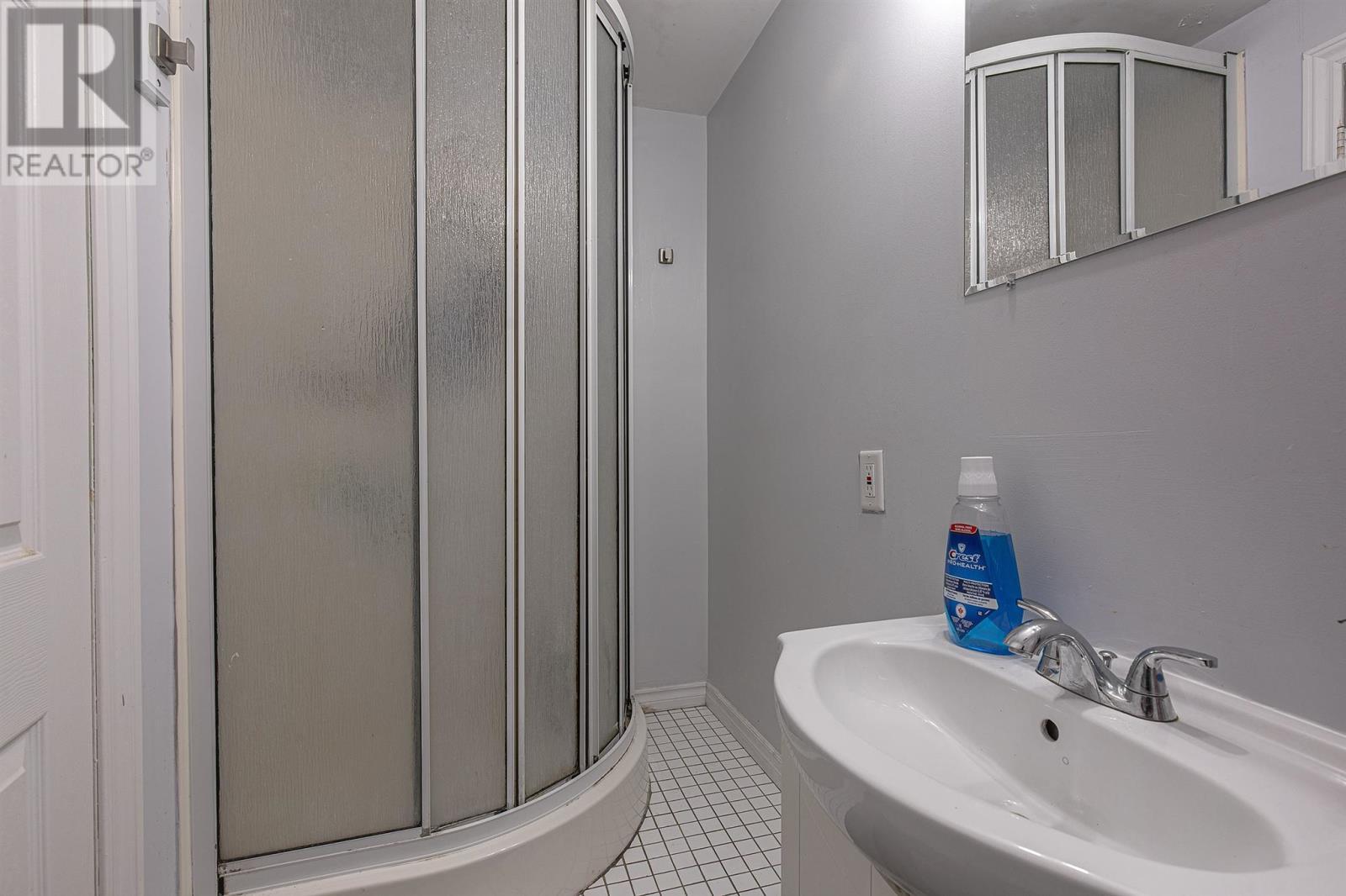 15 Newcourt Pl, Kingston, Ontario  K7M 6Y1 - Photo 12 - K21002792