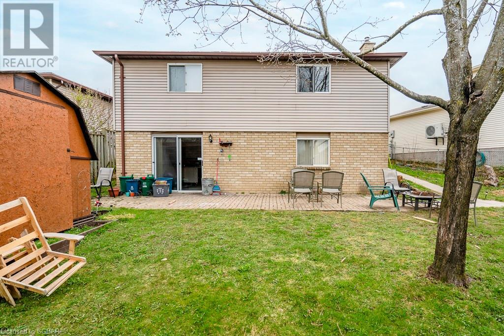 71 Hickling Trail, Barrie, Ontario  L4M 5S7 - Photo 4 - 40109165