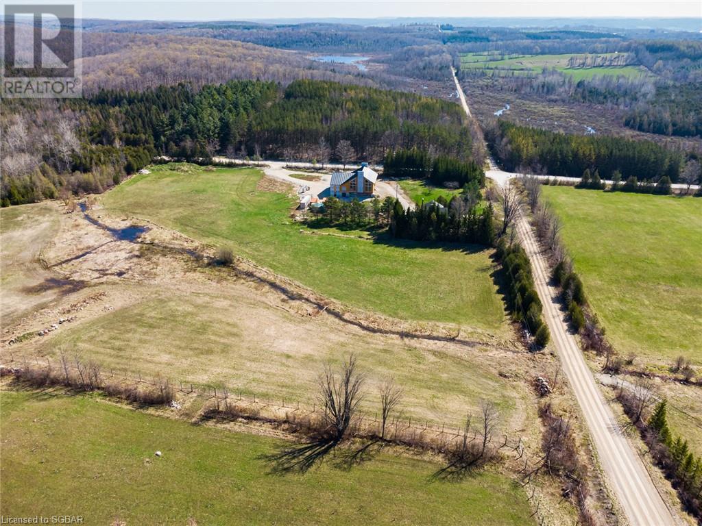 23547 Holland-Syndenham Townline, Meaford (Municipality), Ontario  N0H 1G0 - Photo 2 - 40113640