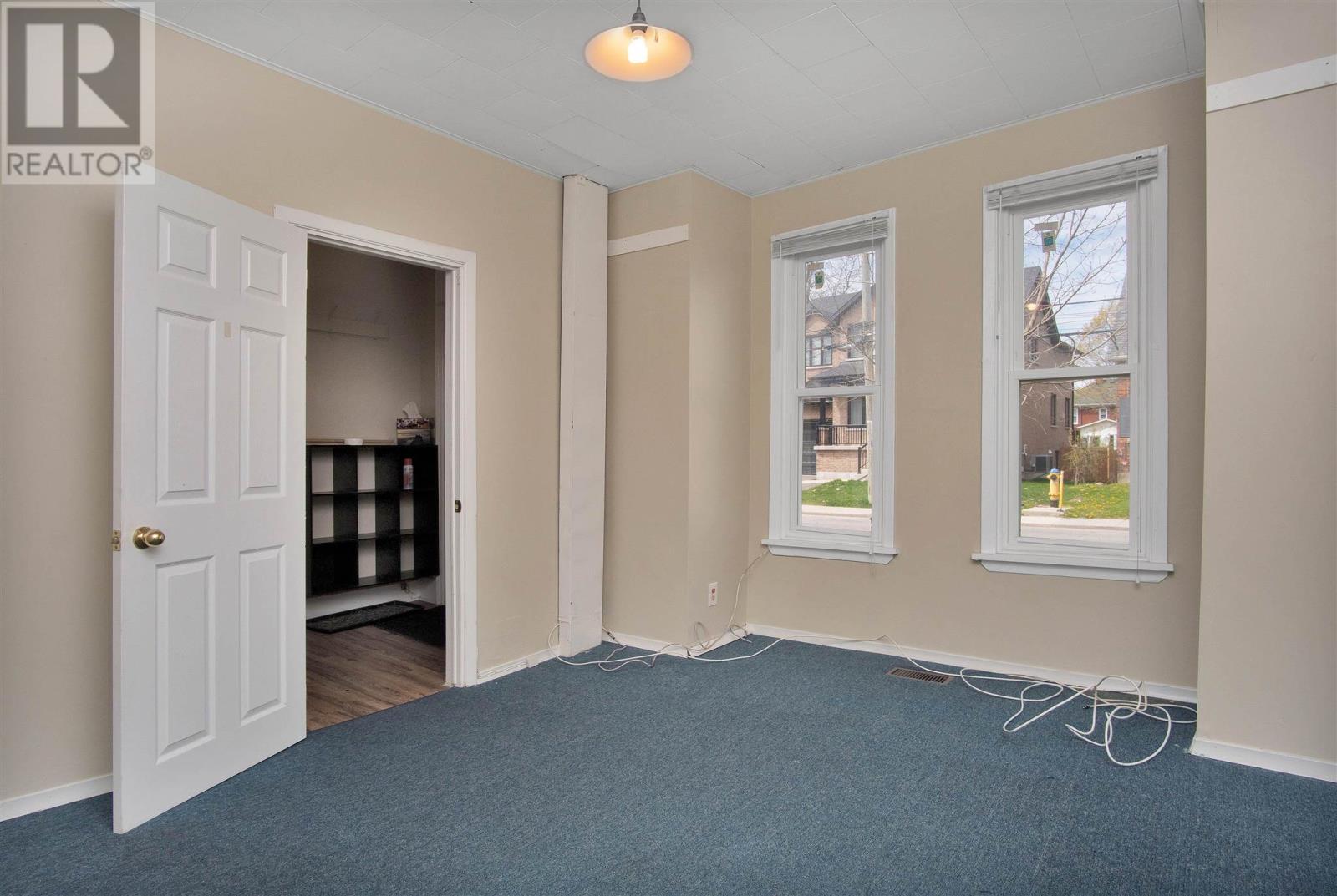 221-223-225 Collingwood St, Kingston, Ontario  K7L 3X7 - Photo 30 - K21002799