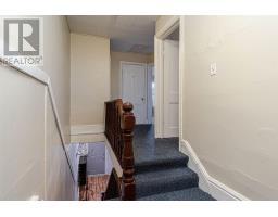 221-223-225 Collingwood ST