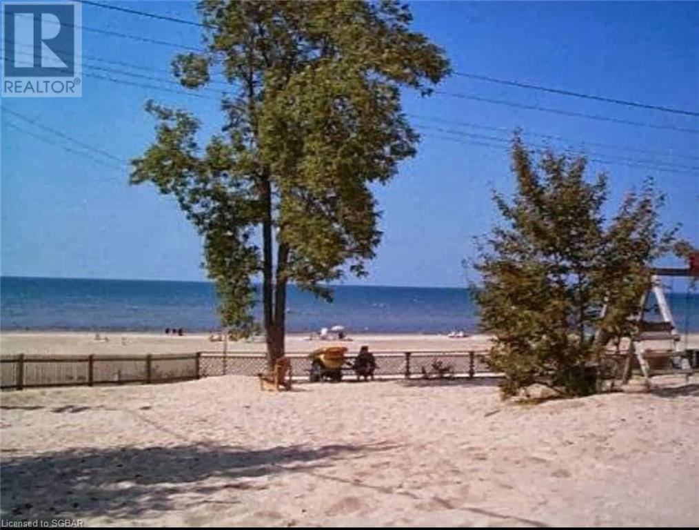11 12th Street N, Wasaga Beach, Ontario  L9Z 2J9 - Photo 3 - 40108630