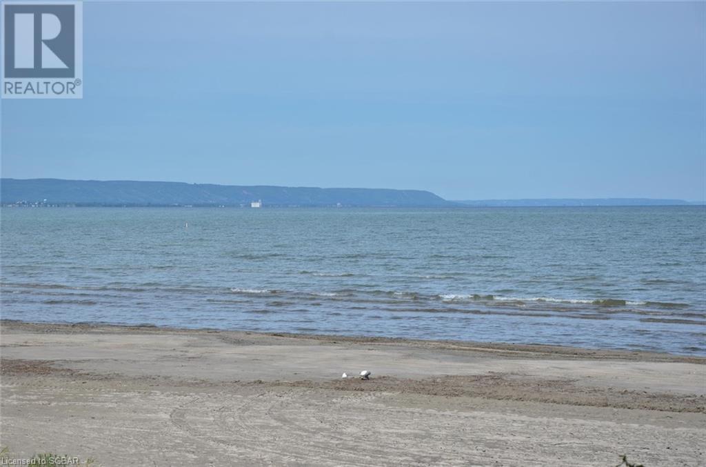 11 12th Street N, Wasaga Beach, Ontario  L9Z 2J9 - Photo 10 - 40108630