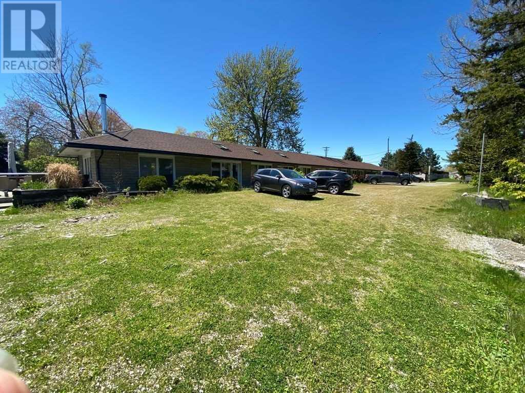 3827 Crystal Beach Dr, Fort Erie, Ontario  L0S 1B0 - Photo 1 - X5245270