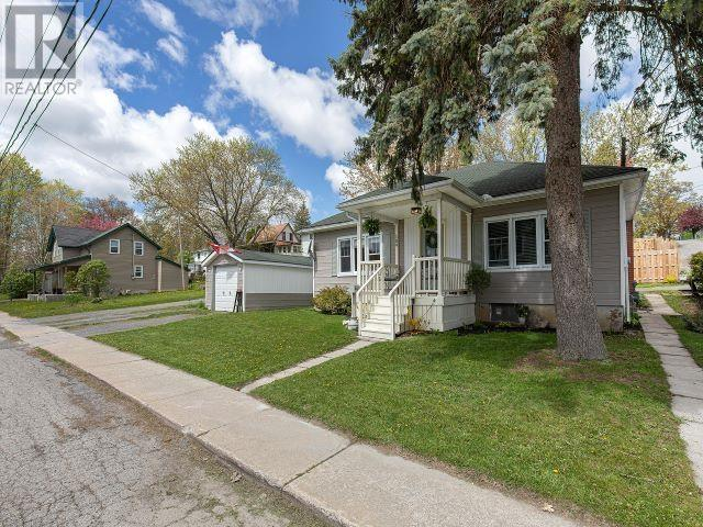 189 Water St W, Greater Napanee, Ontario  K7R 1W5 - Photo 2 - K21003247