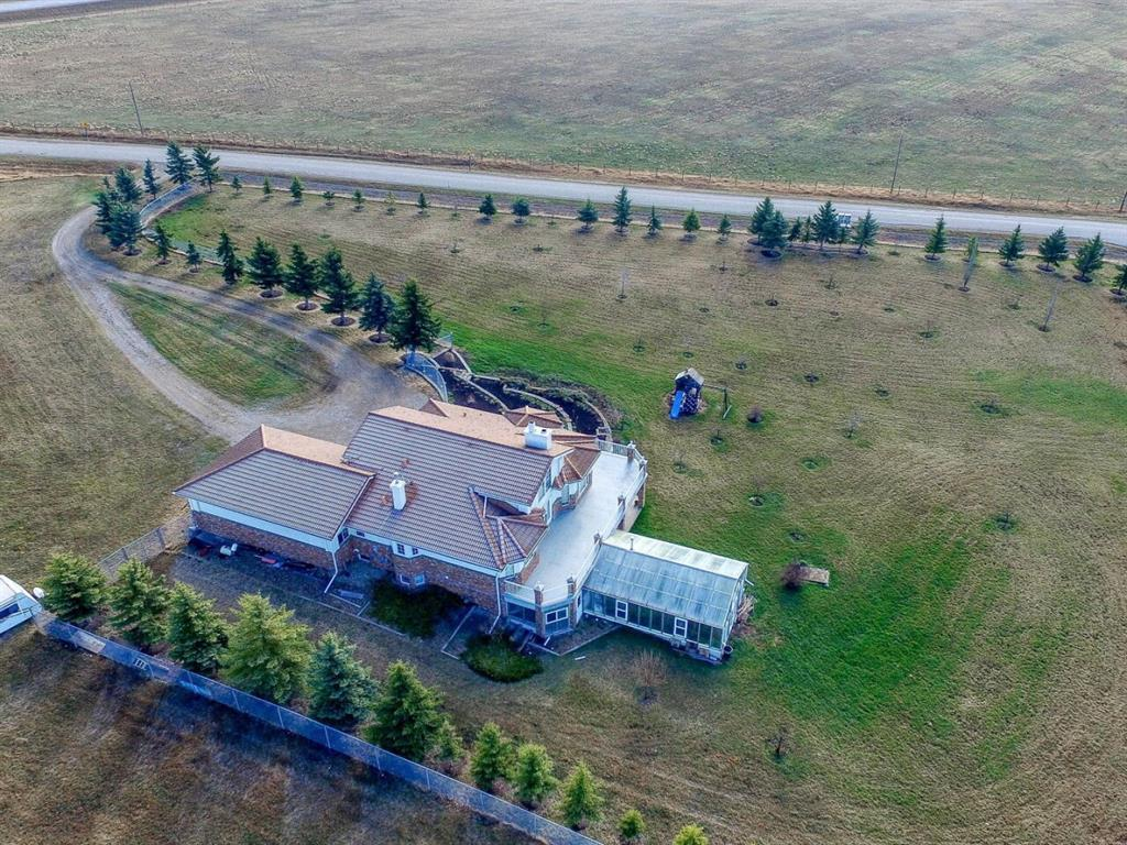 254209 Woodland Road, Rural Rocky View County, Alberta  T3L 2R2 - Photo 2 - A1109040