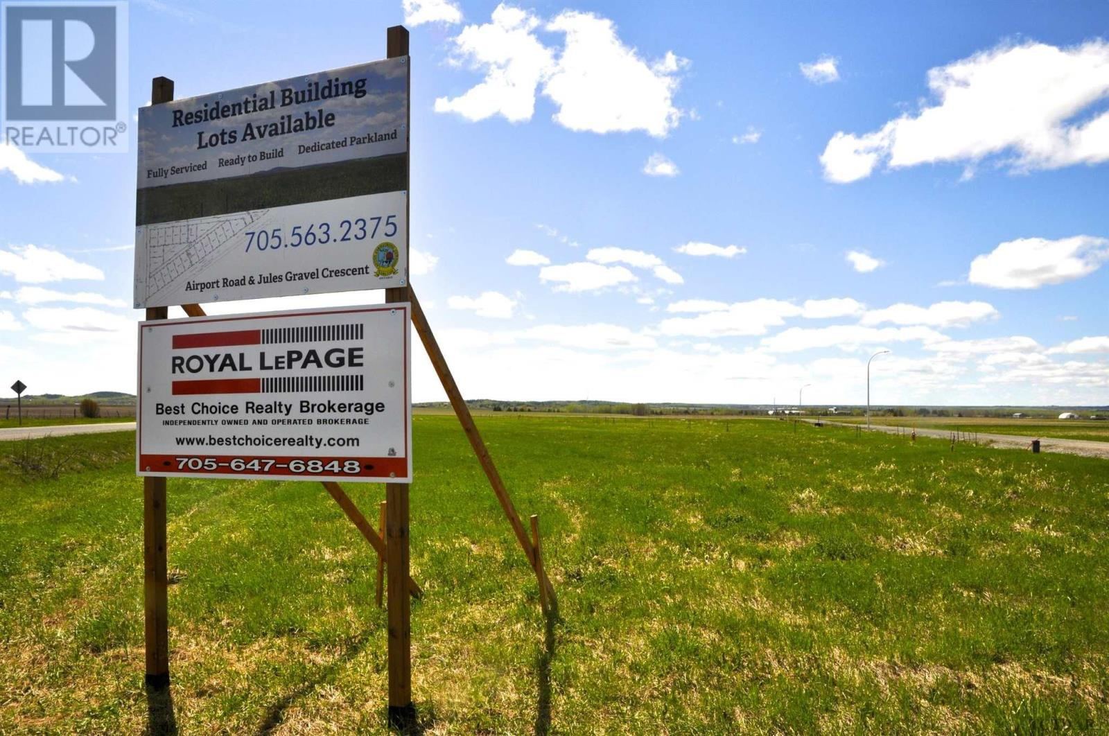 086013 Airport Rd, Earlton, Ontario  P0J 1E0 - Photo 2 - TM191007