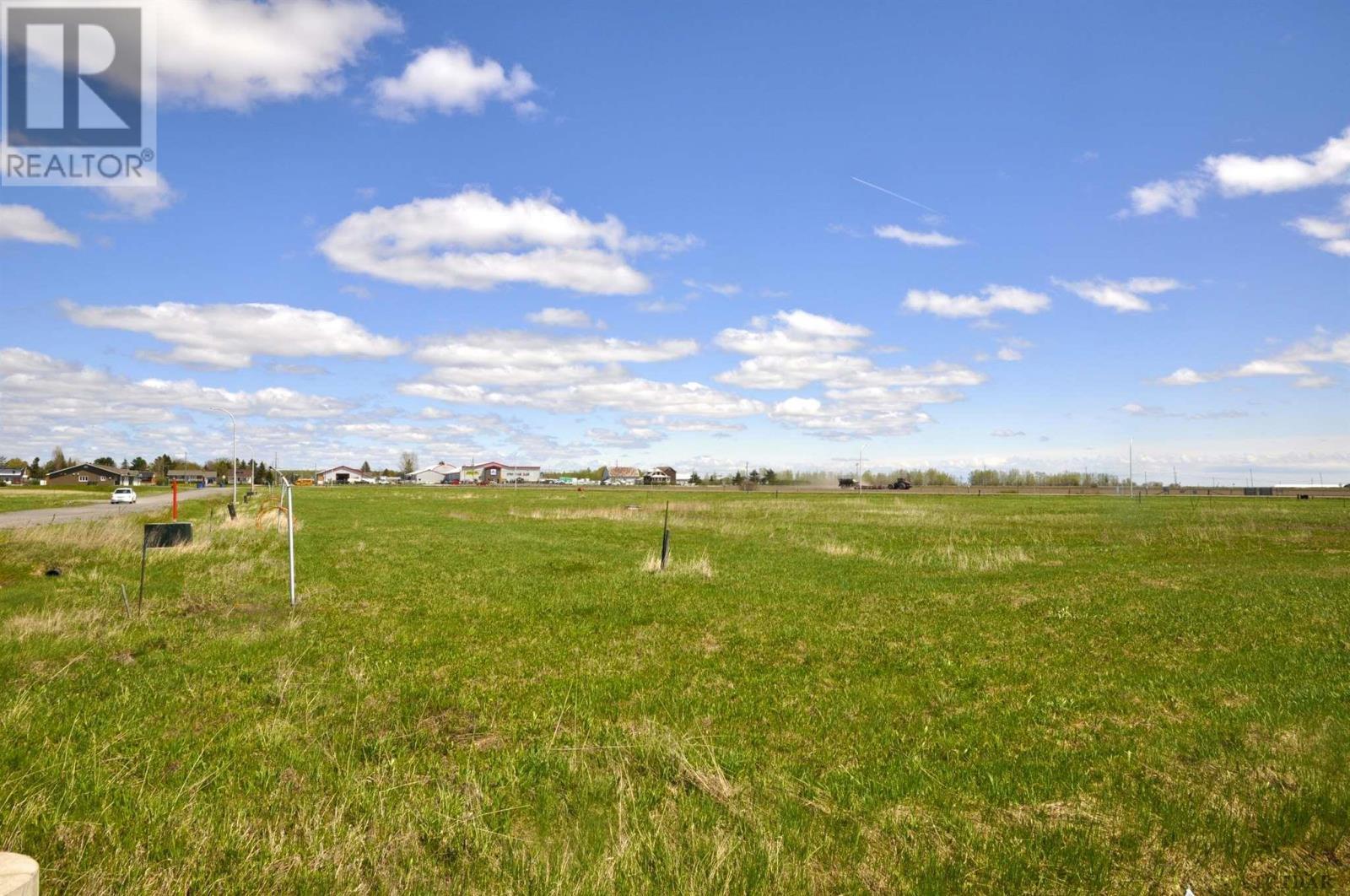 086017 Airport Rd, Earlton, Ontario  P0J 1E0 - Photo 3 - TM191009