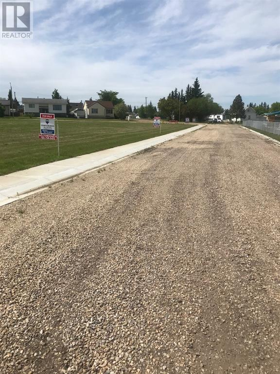 15 Park Ave (48 Ave), Mayerthorpe, Alberta    - Photo 2 - AWI52741