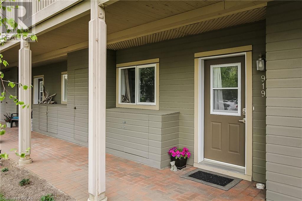 919 Cedar Pointe Court, Collingwood, Ontario  L9Y 5C7 - Photo 1 - 40121176