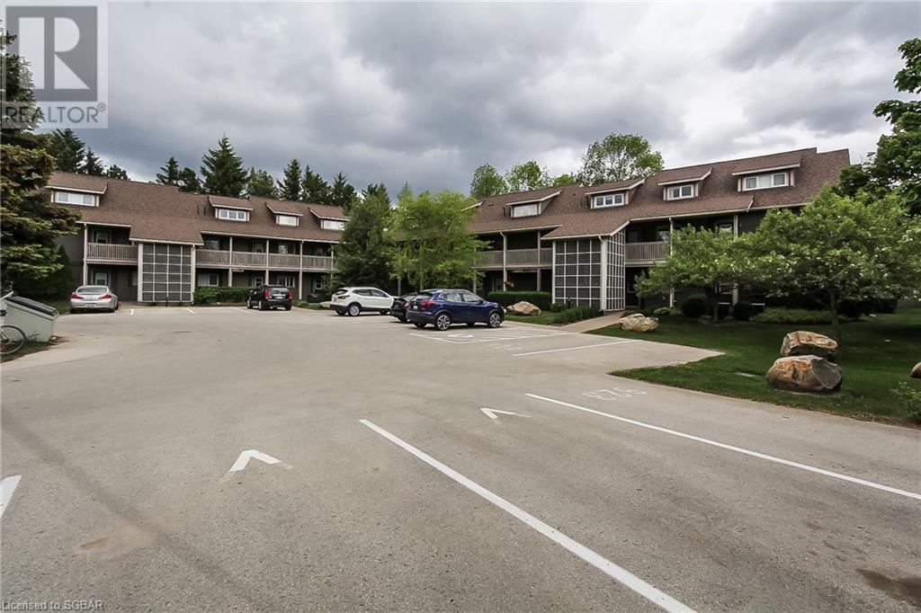 919 Cedar Pointe Court, Collingwood, Ontario  L9Y 5C7 - Photo 2 - 40121176