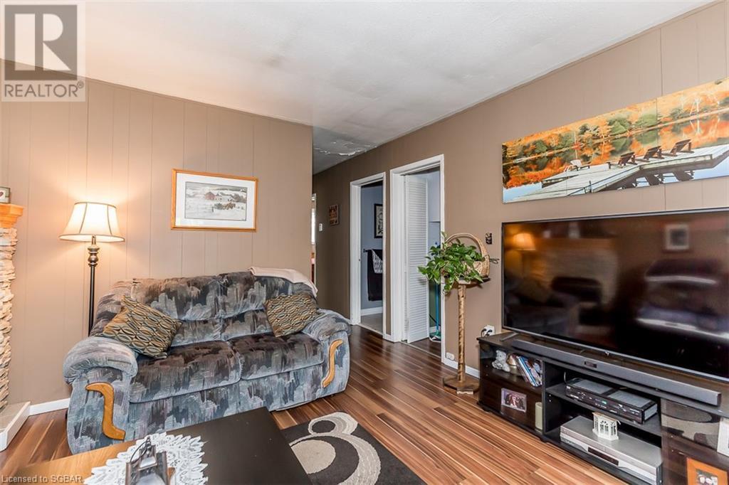152 Queen Street W, Elmvale, Ontario  L0L 1P0 - Photo 4 - 40119856