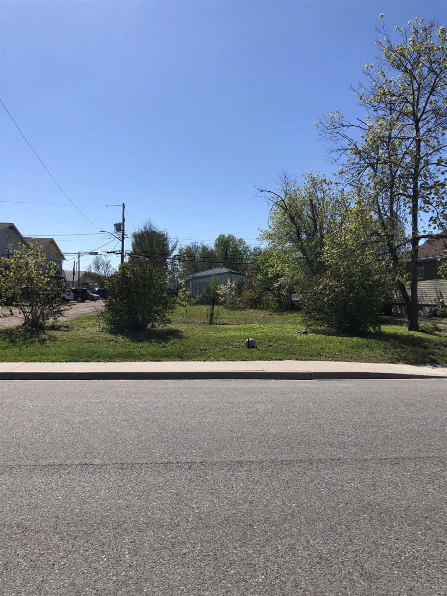 15 Fifth Street, Balmertown, Ontario  P0V 1C0 - Photo 1 - TB210489