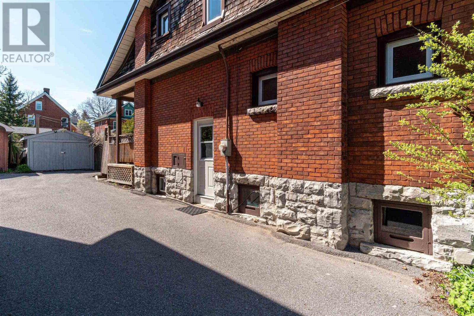 134 Collingwood St, Kingston, Ontario  K7L 3X5 - Photo 37 - K21003209