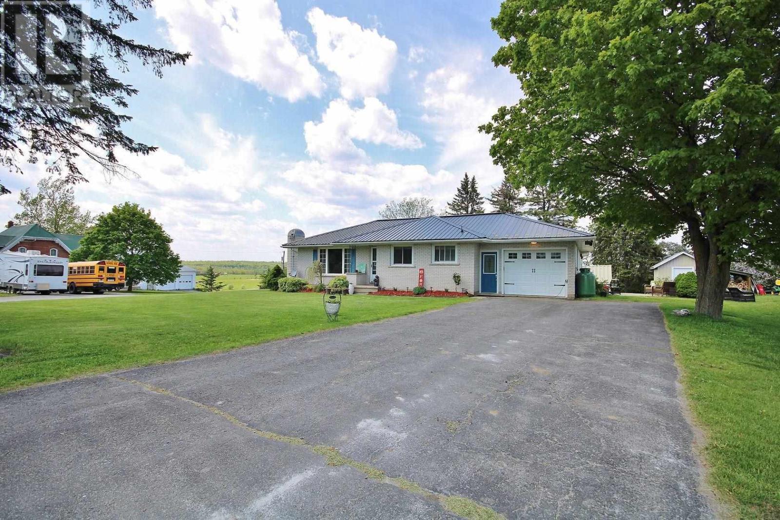 3510 Moreland-Dixon Rd, South Frontenac, Ontario  K0H 1X0 - Photo 2 - K21003266
