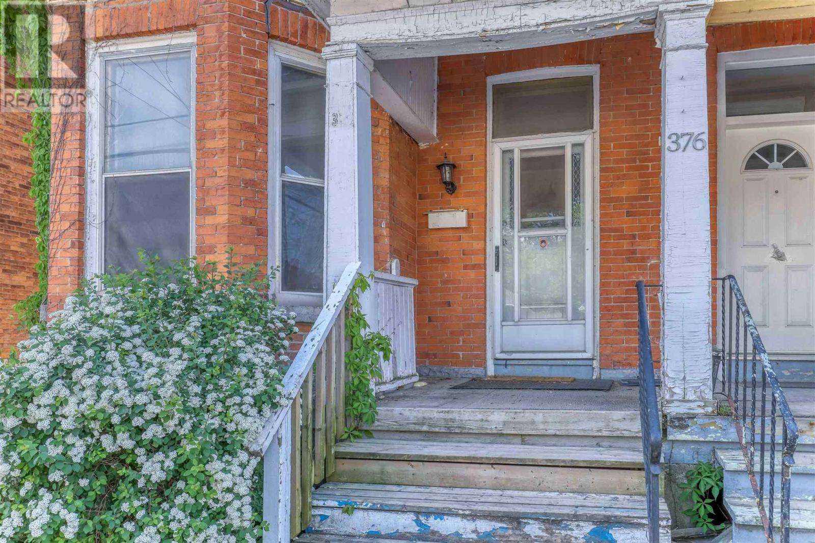 376 Alfred St, Kingston, Ontario  K7K 4H7 - Photo 2 - K21003375