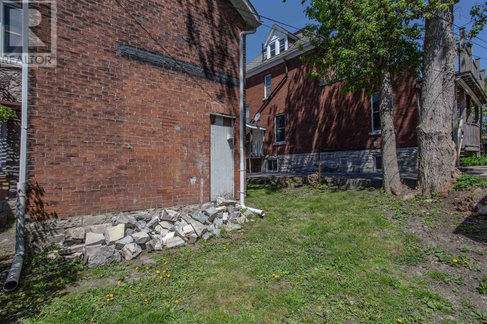 205 Sydenham St, Kingston, Ontario  K7K 3M3 - Photo 42 - K21003381