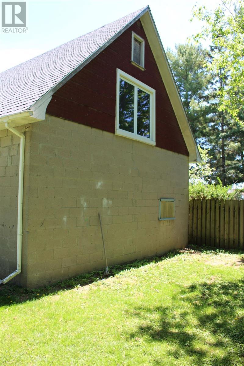 72 Mowat Ave, Kingston, Ontario  K7M 1J9 - Photo 14 - K21003328