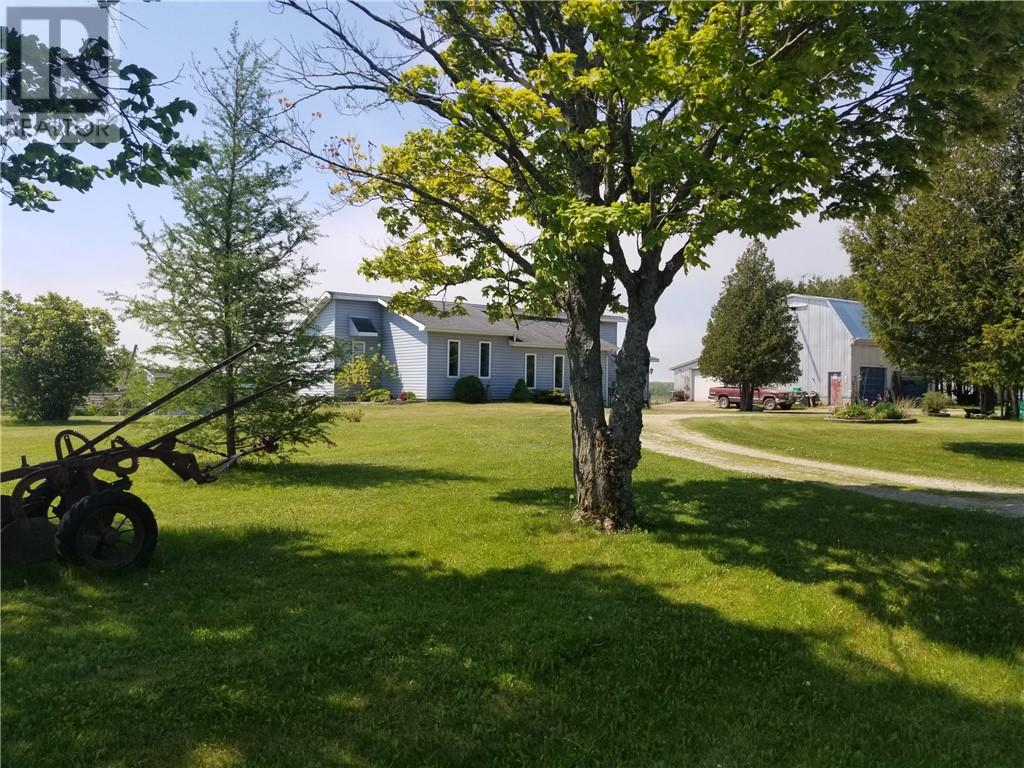 385 Campbell Road, evansville, Ontario