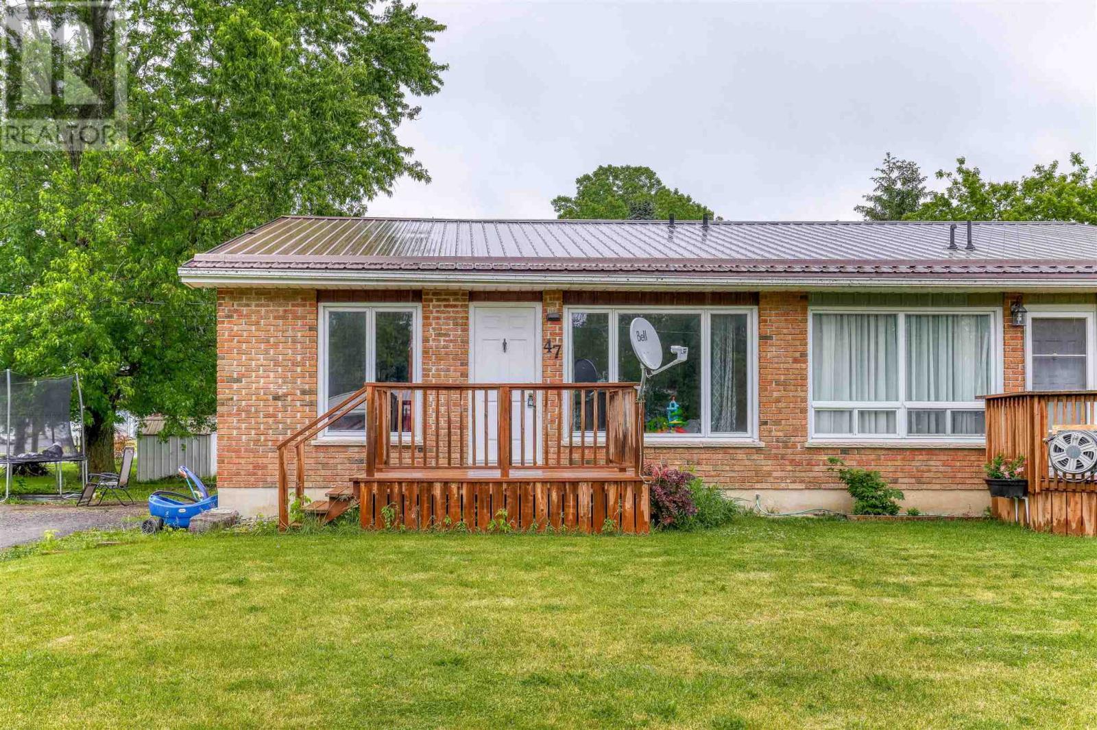 47 Brock St, Newburgh, Ontario  K0K 2S0 - Photo 1 - K21003694