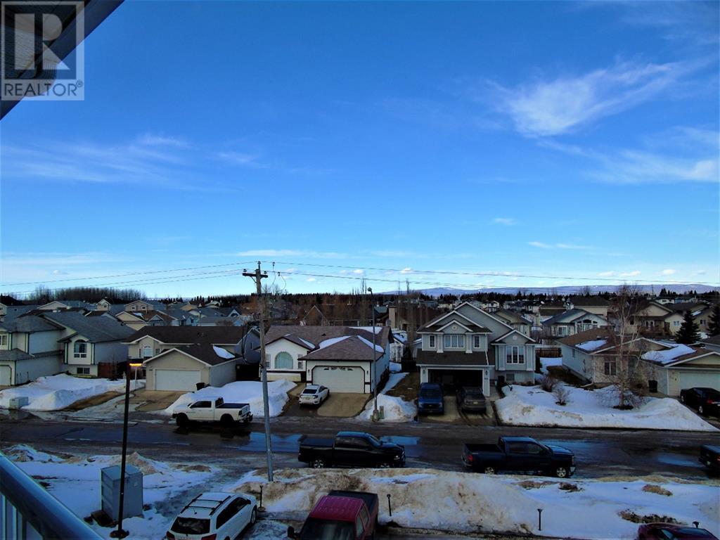 205 12 Ave Sw, Slave Lake, Alberta  T0G 2A4 - Photo 3 - AW52014