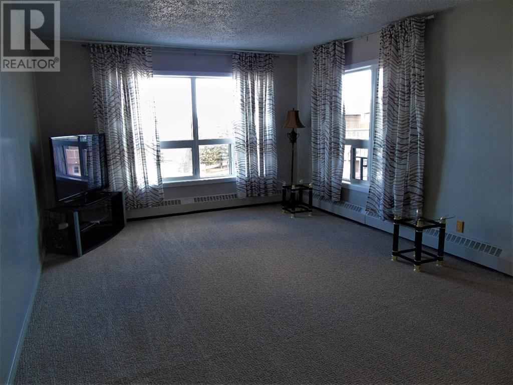 205 12 Ave Sw, Slave Lake, Alberta  T0G 2A4 - Photo 9 - AW52014