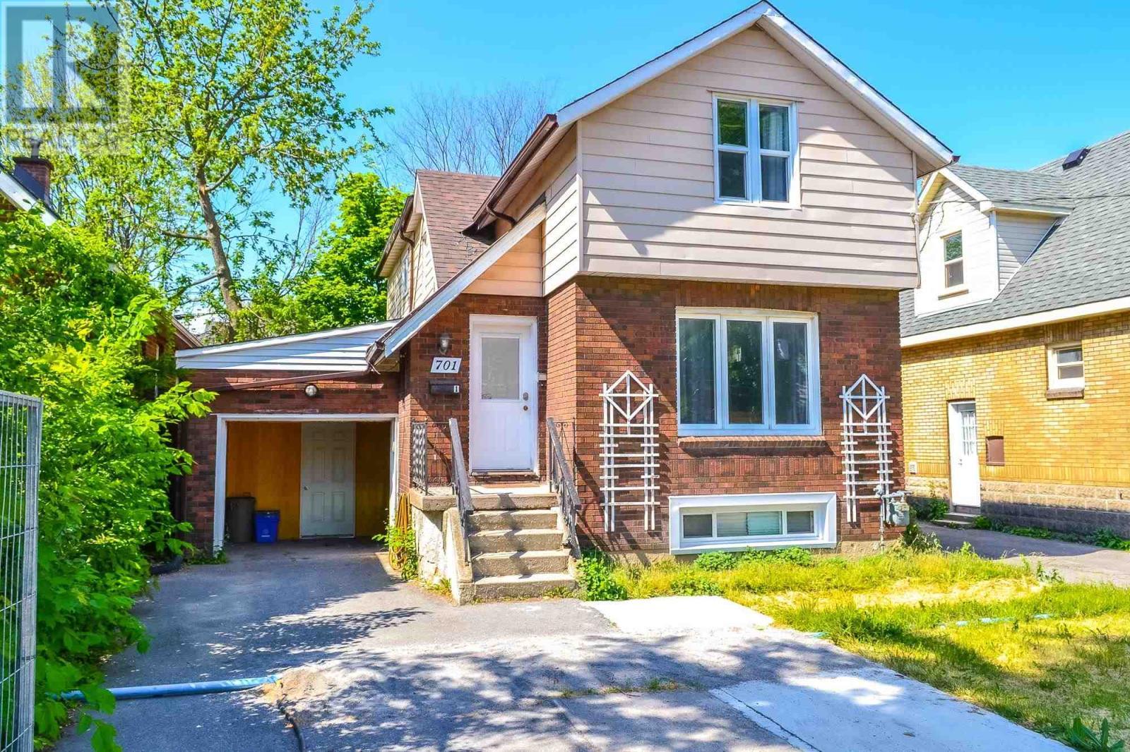 701 Johnson St, Kingston, Ontario  K7L 2A7 - Photo 2 - K21003667
