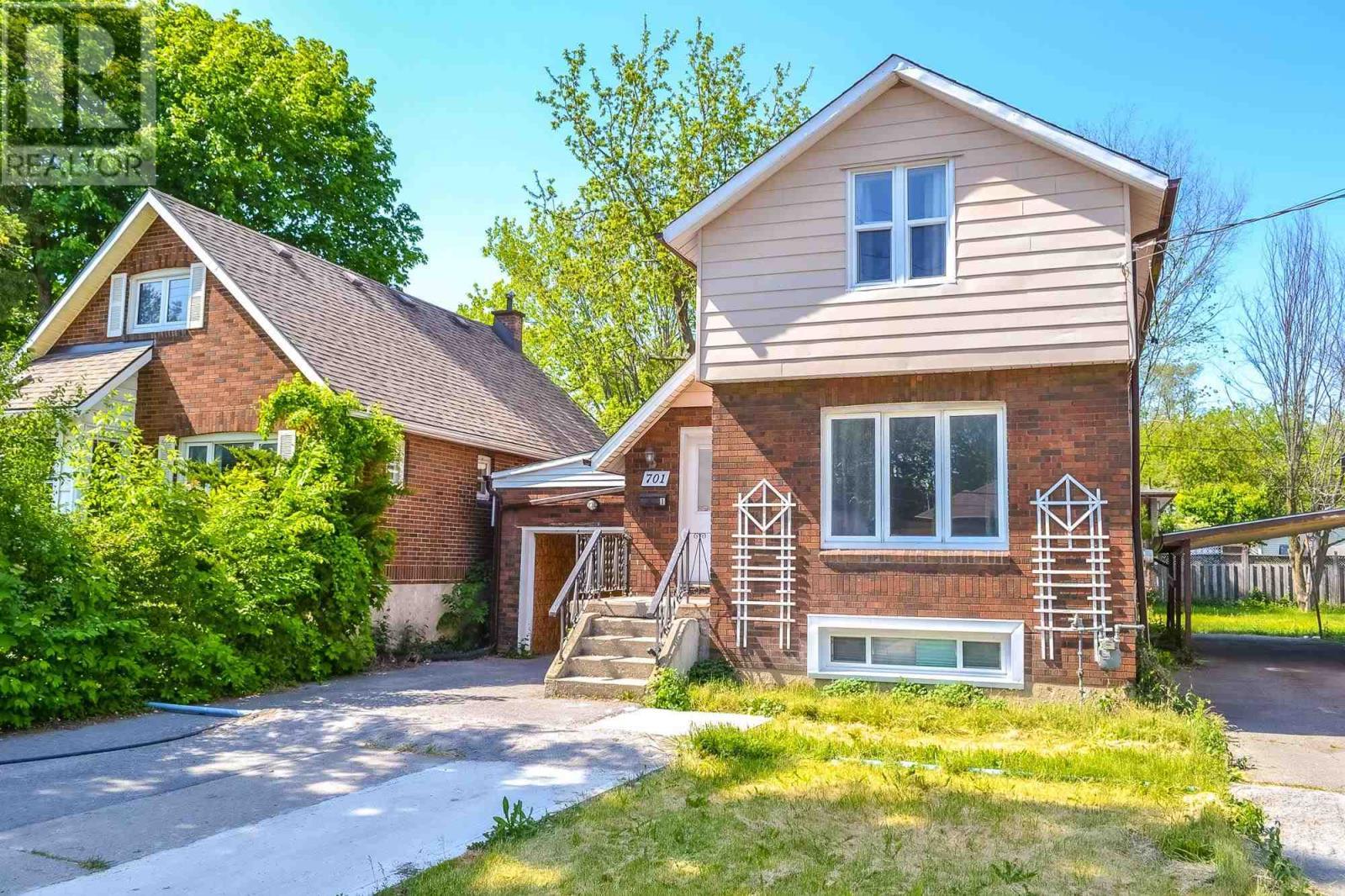 701 Johnson St, Kingston, Ontario  K7L 2A7 - Photo 2 - K21003677