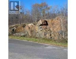 572 Oak Bluffs RD