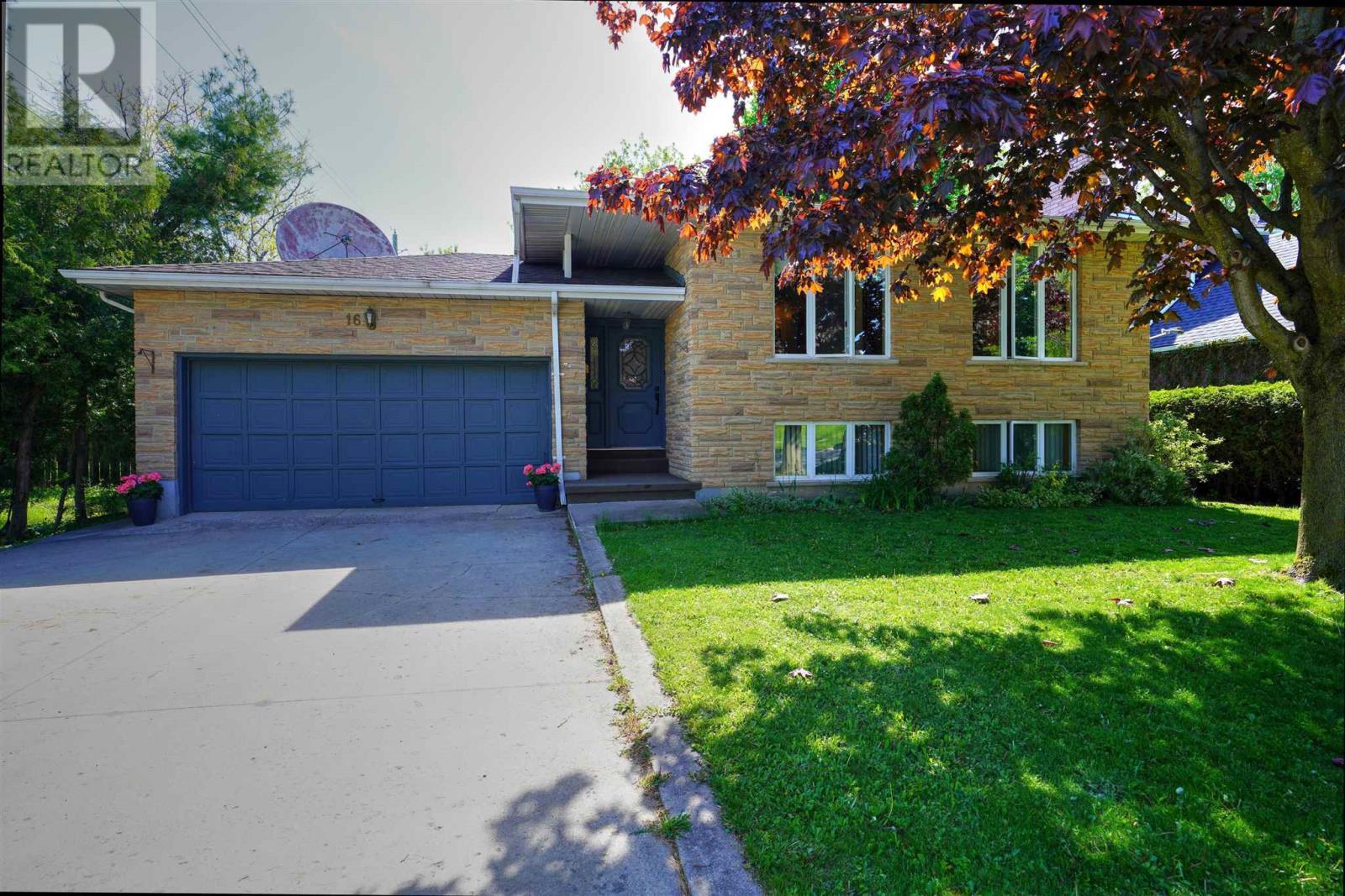 16 Glencoe Cres, Kingston, Ontario  K7M 7H2 - Photo 1 - K21003440