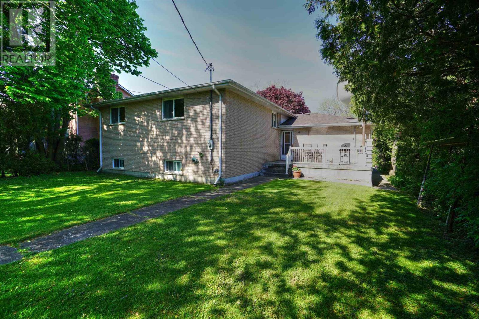 16 Glencoe Cres, Kingston, Ontario  K7M 7H2 - Photo 45 - K21003440