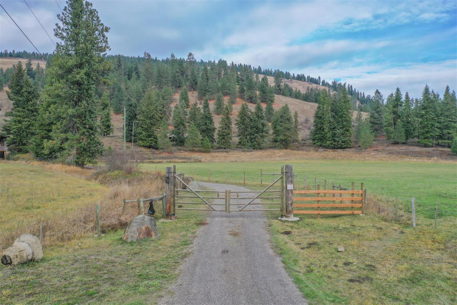 49 Albers Road,, Lumby, British Columbia  V0E 2G5 - Photo 5 - 10218572