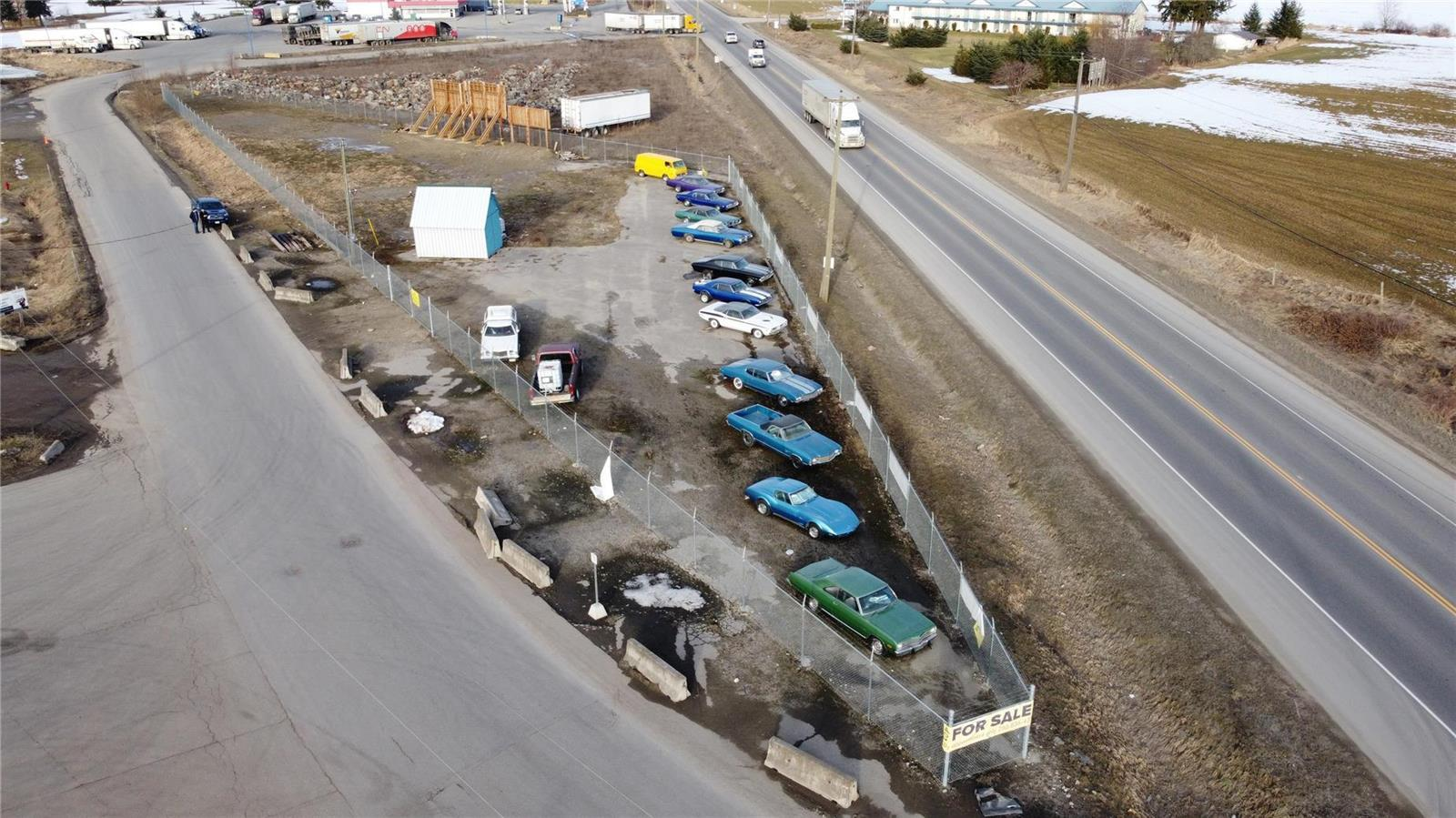 1310 Trans Canada Highway,, Sicamous, British Columbia  V0E 2V1 - Photo 2 - 10225863