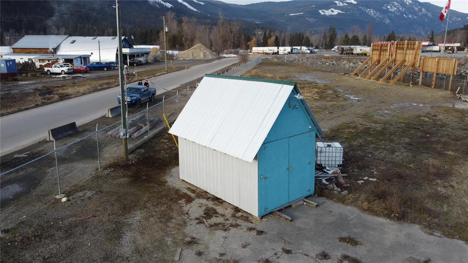 1310 Trans Canada Highway,, Sicamous, British Columbia  V0E 2V1 - Photo 13 - 10225863